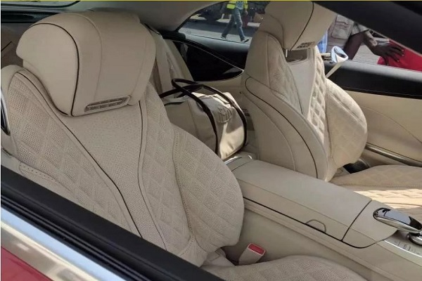 Despite New Benz interior_LOUDinGH.com